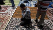 Približiti se Allahu dž.š., Njegovoj milosti, oprostu i zaštiti