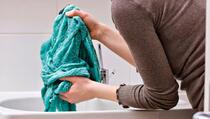 5 greški kod ručnog pranja veša