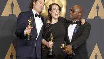 """Najbolji film je """"Moonlight"""", """"La La Land"""" dobio nagradu u šest kategorija"""