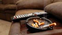 Šest prirodnih načina uklanjanja mirisa cigarete iz odjeće i stana