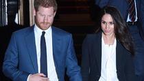 Princ Harry vojvotkinji Meghan Markle zabranio da nosi odijela