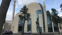 Dvanaest osoba optuženo u Njemačkoj za planiranje napada na džamije