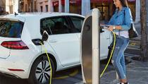 Norveškoj više od polovine novih automobila na struju