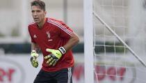 Gianluigi Buffon zaigrao za Parmu nakon 7.339 dana
