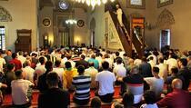 Odluka IZK: Bajram namaz će se klanjati u džamijama