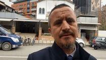 Imam Ahmed Kalaja sa suzama u očima govori o zločinu u džamiji u Tirani