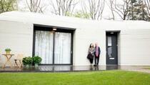 Prvi par u Evropi koji se uselio u štampanu kuću