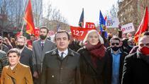 Kurtiju ne preostaje ništa drugo nego da se sastane sa Vučićem