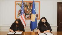 Osmani potpisala Ugovor o donaciji sa SAD, dodatnih 3,8 miliona dolara za Kosovo