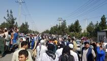 Strah vlada Kabulom: Stanovništvo hvata posljednje letove, na aerodromu poginulo pet osoba