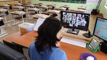 Slovenija: Zaposlenim u školama prijeti otkaz ako se odbiju testirati na koronavirus