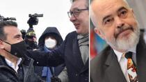 Reporteri: Vučić ispunio obećanje, Makedonci dobili vakcine, Rama još uvijek nije održao reč datu Kosovu