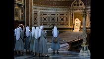 Časna sestra katoličkoj školi ukrala više od 800.000 dolara zbog kockanja