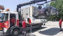 "Policija konfiskovala ""Bentley"" beogradskih tablica u centru Prištine"