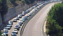 Veliki broj građana Kosova odlučio da provede da vikend u Albaniji