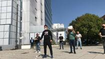 Ugostitelji traže ukidanje antikovid mjera, protest ispred Vlade