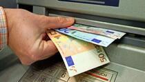 Ovo su tri najplaćenije osobe na Kosovu koji primaju platu preko 4 hiljade eura