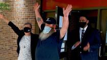 Pogledajte reakciju čovjeka koji je 32 godine proveo nevin u zatvoru