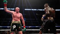 Tyson Fury glumio boksersku vreću aktuelnom prvaku super-lake kategorije