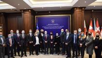 Reporteri: Haradinaj Stubla ostavila haos u MSP, dva zvaničnika tvrde da su generalni sekretari