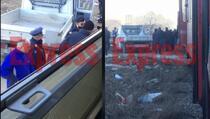 Sudar između voza i kamiona, jedna osoba povređena