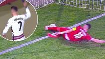 Ronaldo bijesan napustio teren: Pogledajte šta su mu sudije napravile u nadoknadi