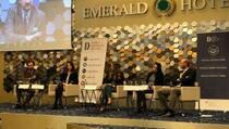 Status kvo u dijalogu štetan za Kosovo