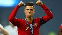 Messi je samo 24 sata bio izjednačen s Ronaldom, čudesni Portugalac postavio novi rekord