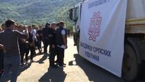"""Uklonjen sporni kamion s transparentom """"Dobrodošli u Zajednicu srpskih opština"""""""
