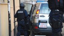 Policija Kosova: U Sjevernoj Mitrovici povrijeđeno šest policajaca i jedna osoba umiješana u napad