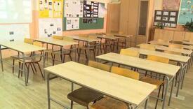 Pupovci: Dan poslije izbora dezinfekcija škola i onlajn nastava