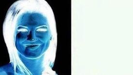 Optička iluzija: Da li i vi poslije 15 sekundi vidite nasmijanu ženu?