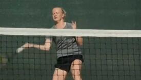 Nema pet prstiju, ima poseban reket: Rekli joj da nikada neće igrati tenis, plasirala se na AO