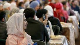 Hiljade muslimana s oduševljenjem dočekalo Bidenovu odluku kojom je ukinuo zabranu putovanja