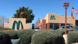Samo jedan McDonald's restoran na svijetu ima plavi logo
