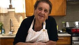 Simpatična baka Pia osvaja TikTok, njene recepte gledaju milioni ljudi