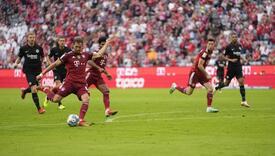 Šok za Bayern: Frankfurt slavio u Minhenu poslije 21 godine
