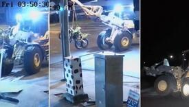 Ukrao utovarivač, njime motocikle iz salona te bježao policiji kao na filmu