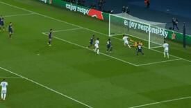 Fudbaler Cityja obrukao se pred golom PSG-a