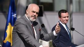 Premijeri Kosova i Albanije u Prištini prozvali Begrad zbog tenzija