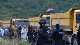 VOA: Kako odluka Vlade o tablicama utiče na privrednike Kosova?