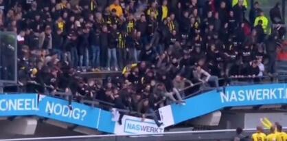 Stravičan snimak iz Holandije: Srušila se tribina s navijačima