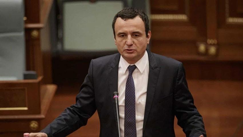 Premijer pred poslanicima