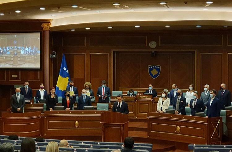 Glasovima poslanika VV i manjinskih zajednica